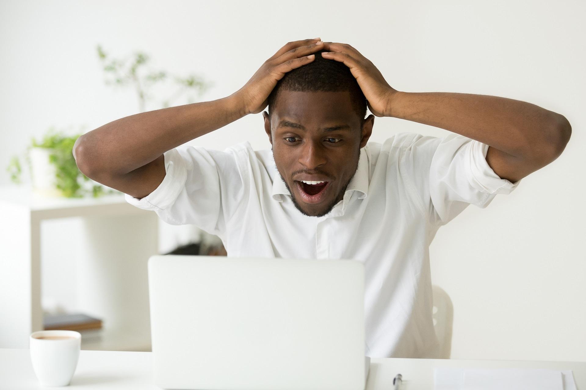 Online success happy